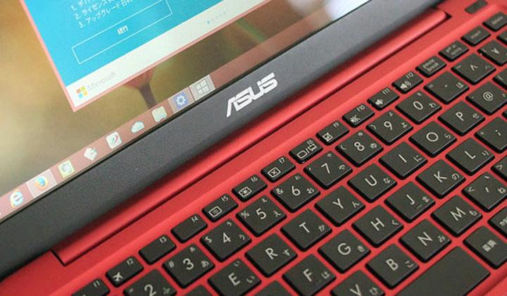 ASUS EeeBook ノートブック X205TA